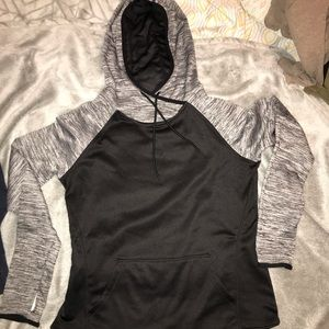 Like new fitted hoodie